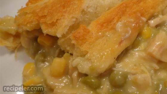 Amazingly Easy, Surprisingly Tasty Broke College Student Chicken Pot Pie