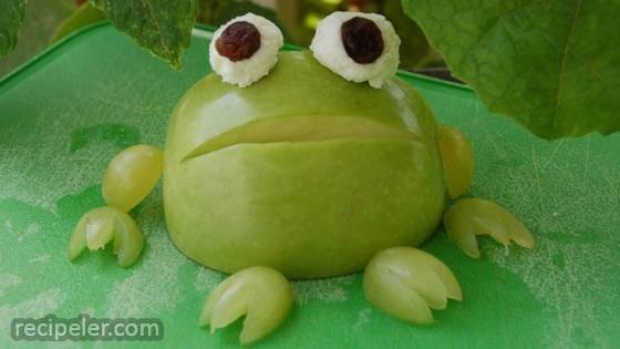 Apple Frog for Kids