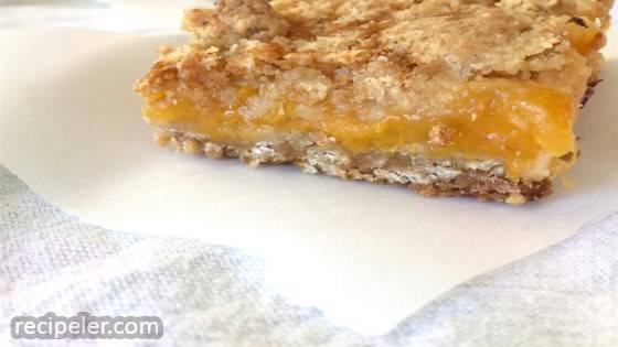 Apricot Ginger Crumble Oat Bars (Gluten Free)