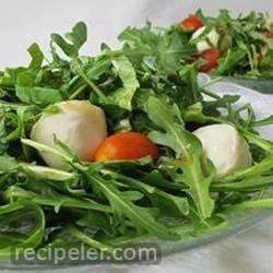 Arugula Caprese Salad