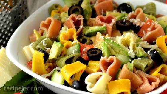 Avocado Cucumber Pasta Salad