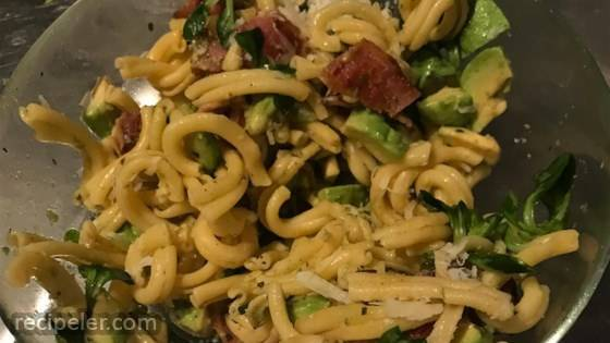 Bacon Avocado Pasta
