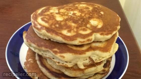 Banana Pancakes the Easy Way