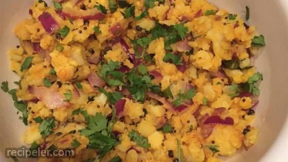 Bangaladumpa (Potato) Upma Koora