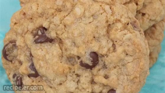 Brown Butter and Chocolate Oatmeal Cookies