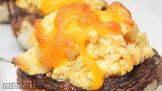 Buffalo Chicken Stuffed Mushrooms (low-carb)