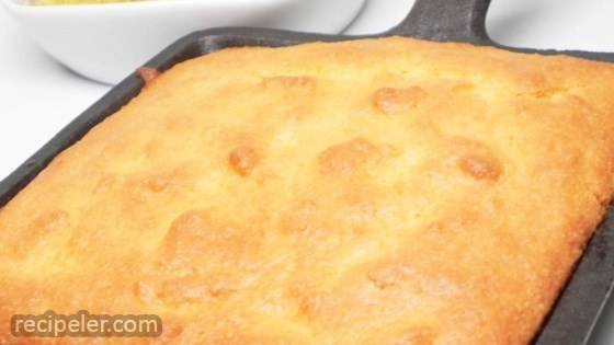 Can't-tell-t's-gluten-free Corn Bread