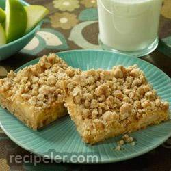 Caramel Apple Crunch Bars