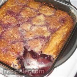 carolyn's oh-so-easy cherry cobbler