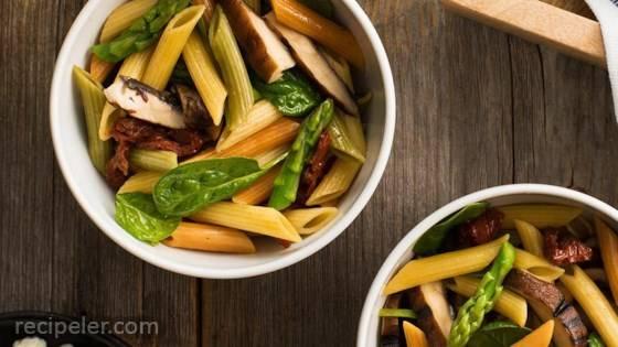 Catelli Bistro Grilled Portobello and Spinach Pasta Salad