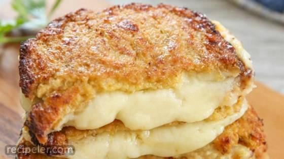 Cauliflower Cheesy Bites