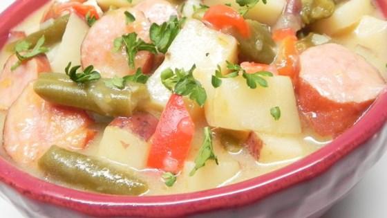 Cheddar Bratwurst Stew