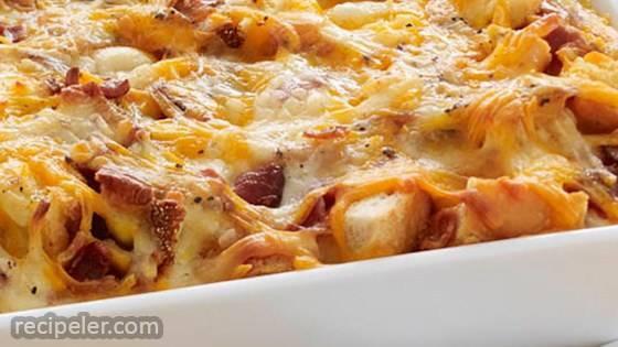 Cheesy Bacon & Eggs Brunch Casserole