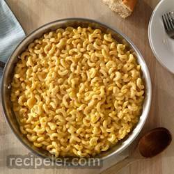 cheesy one pan mac and cheese