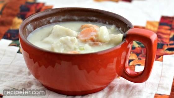 Cheesy Potato Knipla Soup