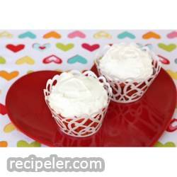 Cherry Amish Friendship Bread Cupcakes with Buttercream Frosting