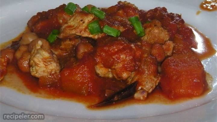 chicken and pumpkin goulash