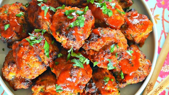 chicken sriracha meatballs