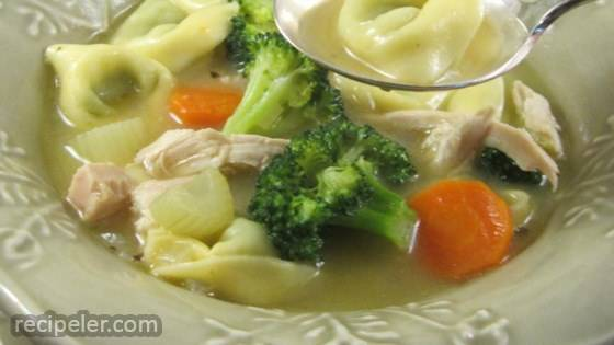 Chicken Tortellini Soup with Broccoli