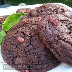 chocolate-chocolate chip bacon cookies