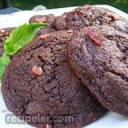 chocolate-chocolate chip bacon cookies