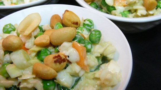 Coleslaw With Peas