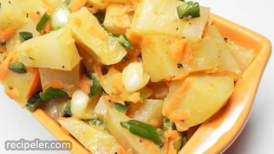 Colorful and Easy Potato Salad
