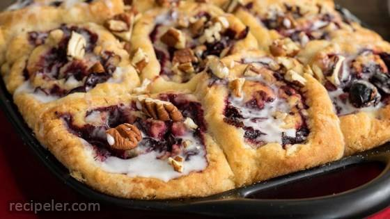 Cranberry Pecan Breakfast Buns