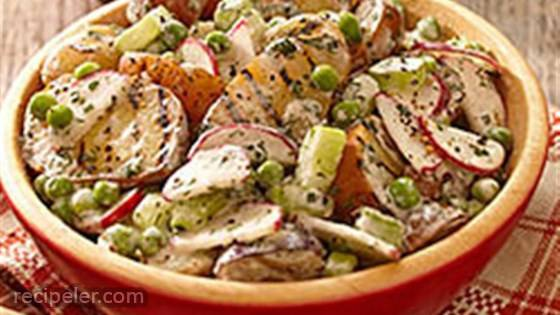 Creamy Herb Grilled Potato Salad