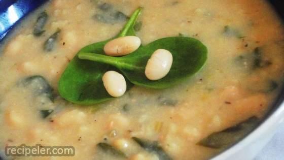 Creamy talian White Bean Soup
