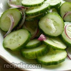 crisp marinated cucumbers