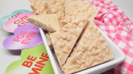 crispy white chocolate peanut butter bark