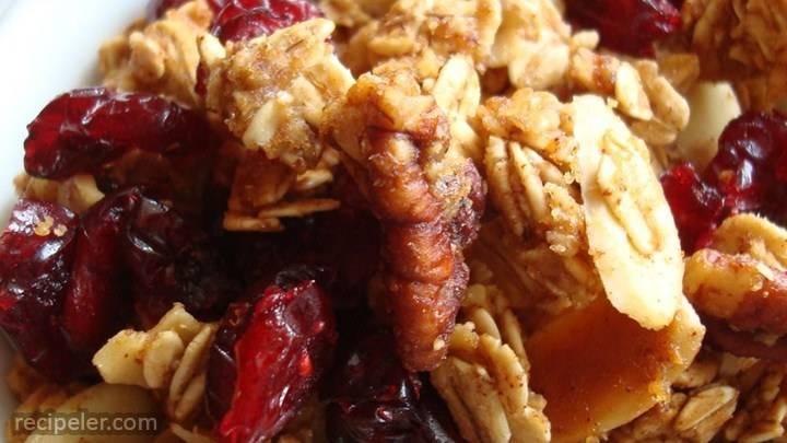 crunchy pumpkin pie granola