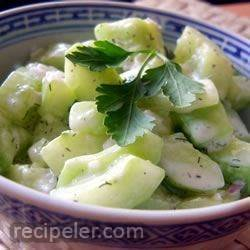 cucumbers with sour cream