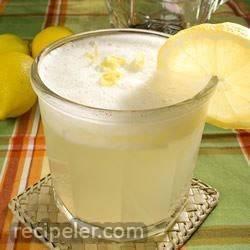 cy blender lemonade
