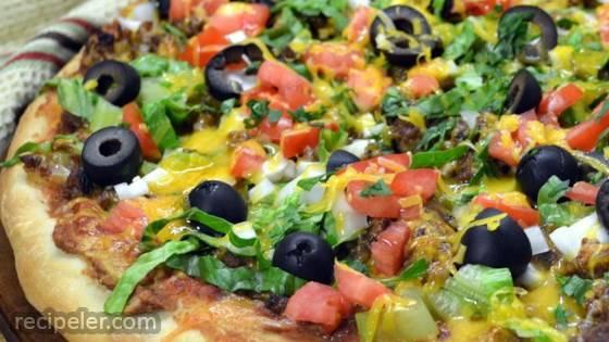 D's Taco Pizza