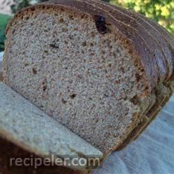 dark and sweet rye bread