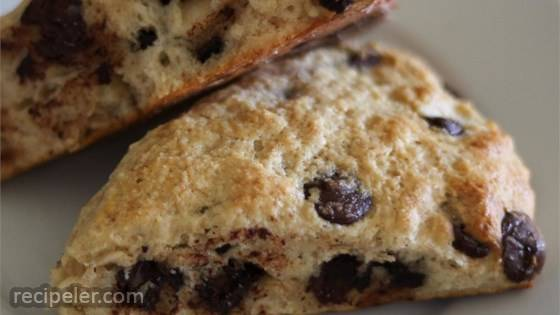 Date and Chocolate Chip Whole Wheat Scones