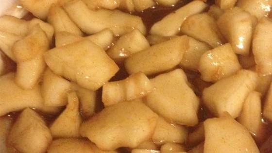 djente di kacho (dog's teeth coconut candy)