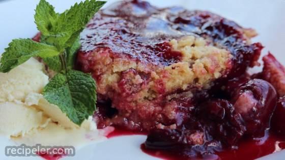 Don't Go Heatin' the House Gluten-Free Fresh Cherry Crumble