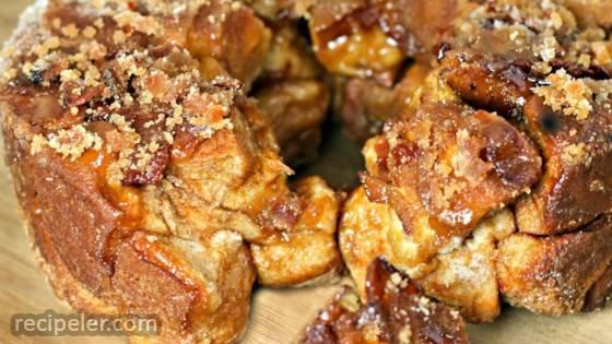 Easy Maple Bacon Monkey Bread