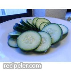 Easy Tangy Cucumber Salad