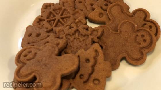 Easy Vegan Gingerbread Cookies