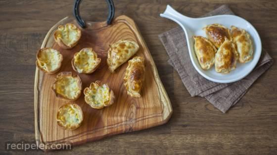 Empanadas Abiertas de Humita (Creamy Corn Empanadas)