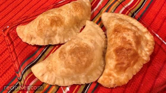 Empanadas de Jamon, Queso, y Huevo Duro (Ham, Cheese, and Hard-boiled Egg Empanadas)