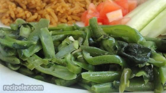 Fasoliyyeh Bi Z-Zayt (Syrian Green Beans with Olive Oil)