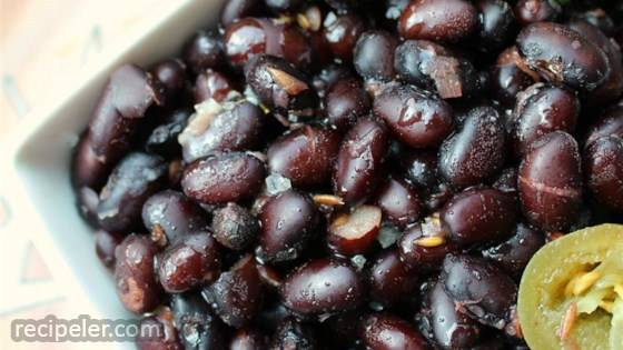 Feijao Na Pressao (Brazilian Black Beans in the Pressure Cooker)