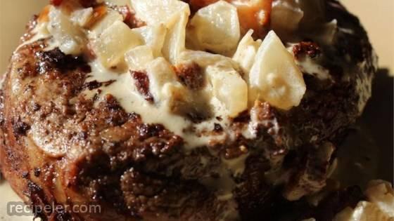 Filet Mignon With Bacon Cream Sauce