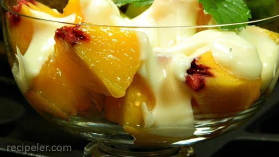 Fresh Peaches with Honey-Vanilla Creme Fraiche
