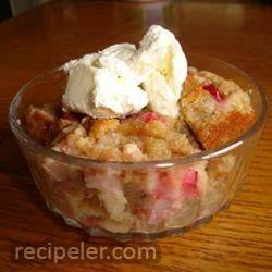 Fresh Rhubarb Bread Pudding